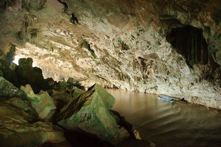 grotte de Puong