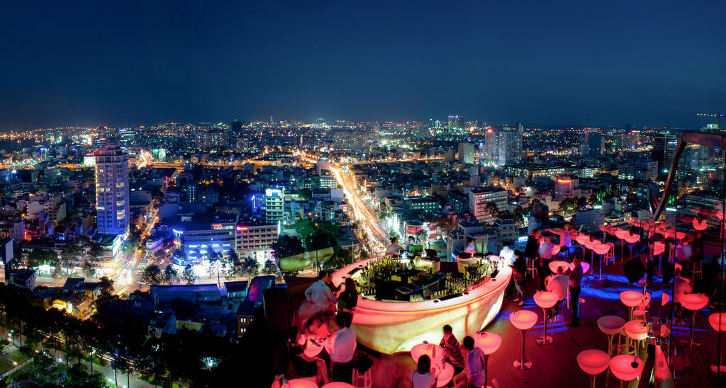 Vie nocturne TOP 5 Bars et Cocktails Rooftop à Saigon