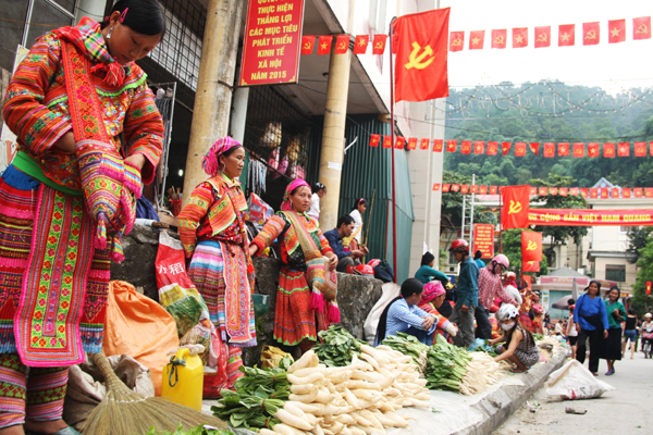 Marché Hoang Su Phi Ha Giang