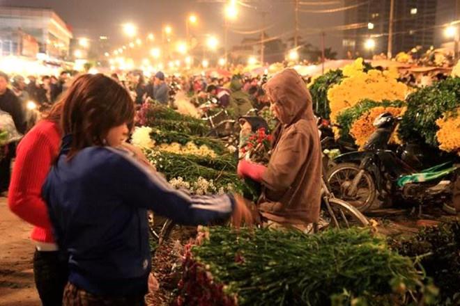 Marché aux fleurs de nuitQuang Ba