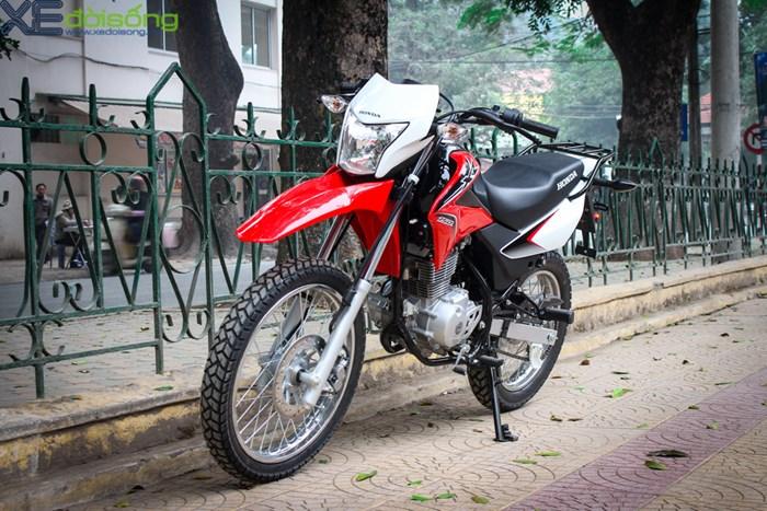 Motos et mobilettes pour nos voyages à moto au Vietnam