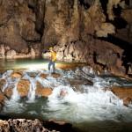 Trek dans le systeme des grottes Tu Lan