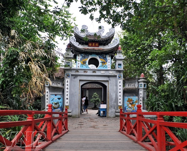 Temple de Ngoc Son