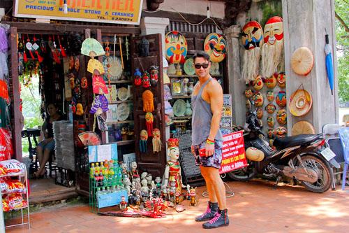 Une boutique au Lac Hoan Kiem