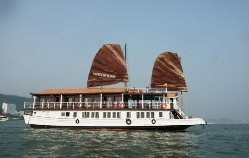 Jonque Annam , 3 étoiles – Croisière pas chère en baie d'Halong
