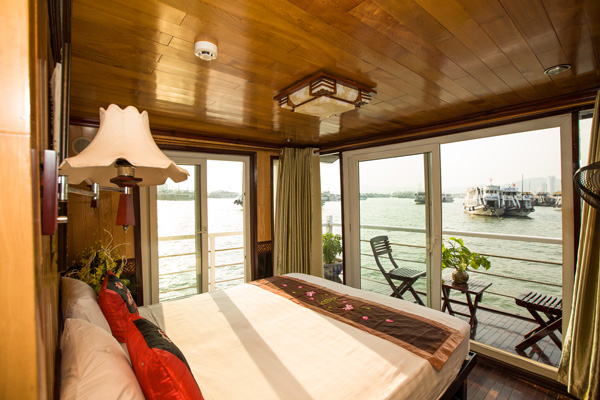 Croisière en baie d'Halong 2 jours 1 nuit en jonques d'Annam 120 USD/personne