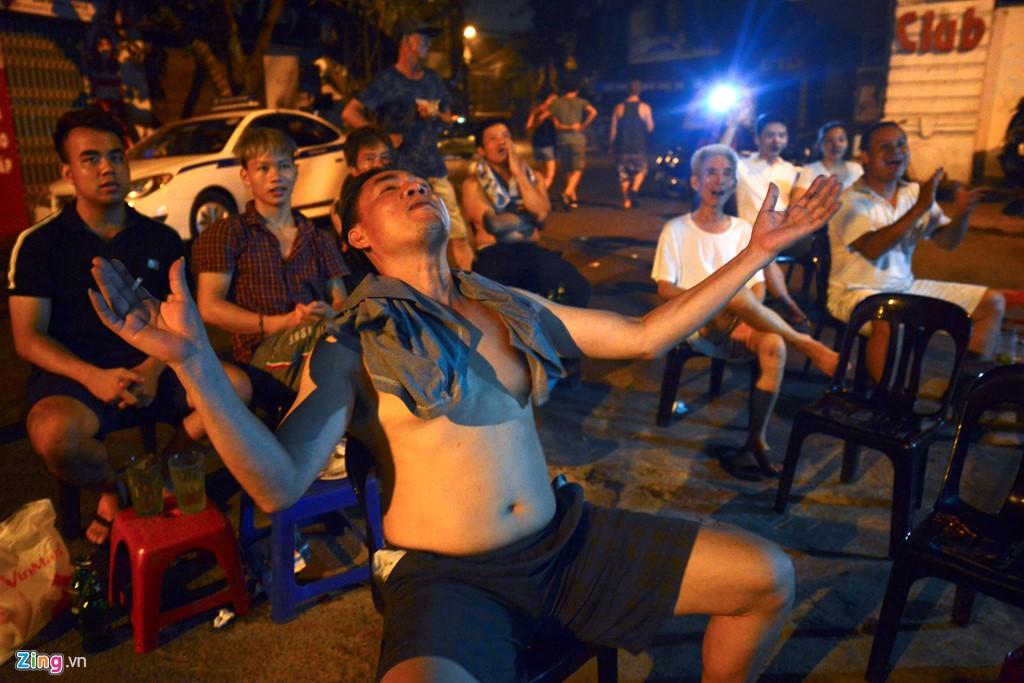 Reportage Photos: un chaud Euro 2016 au Vietnam