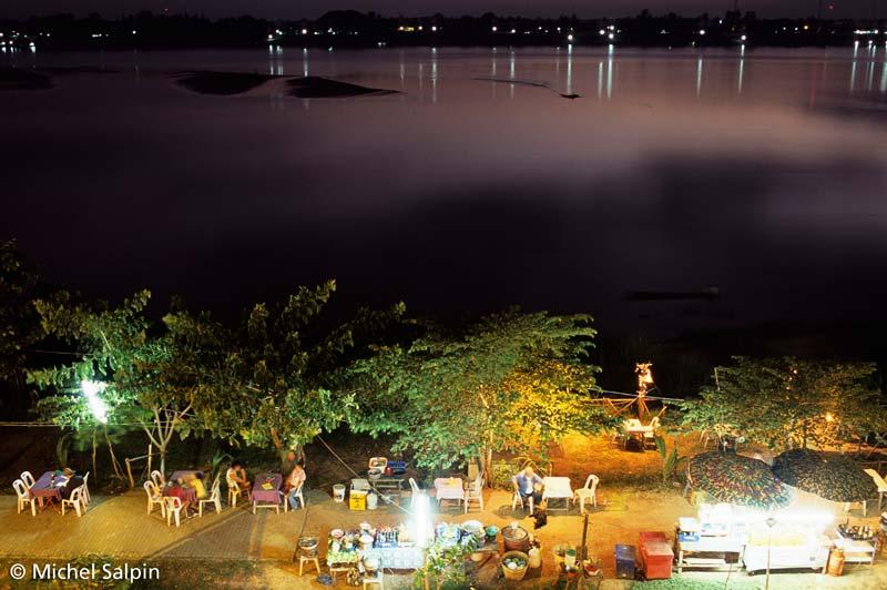 Coucher de soleil sur le Mékong, Vientiane