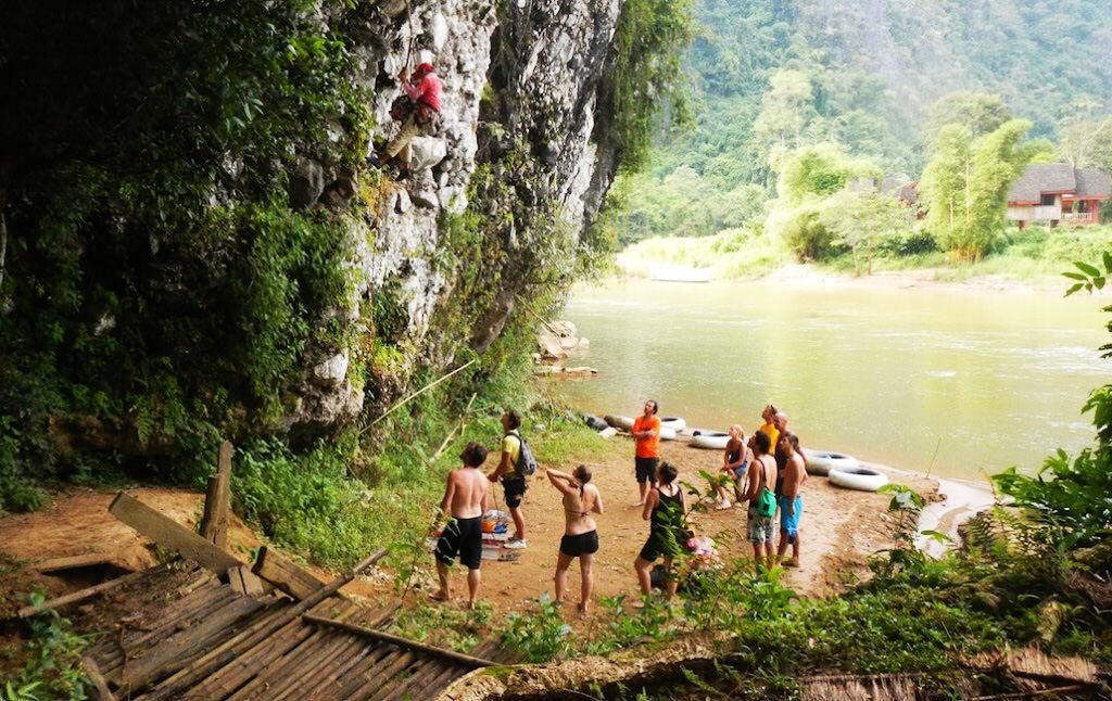 escalade vang vieng Laos