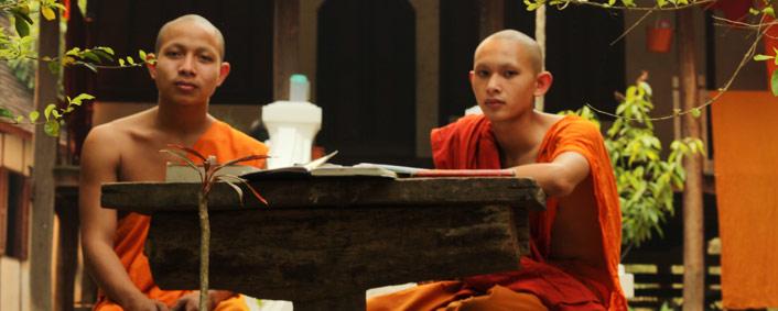 Les choses à faire à Luang Prabang: discuter avec quelques moines