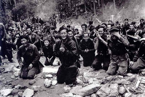 Les maquis Hmong laos a la recherche d'un refuge