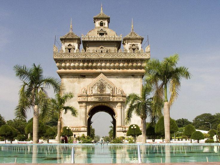 Patuxai Laos parmi 12 arcs de triomphe les plus grands du monde