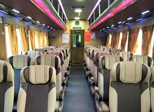 Premier coup d'oeil au train 5 étoiles Saigon-Nha Trang