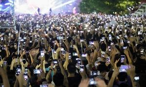 Reportage photo: Les vietnamiens et les smartphones