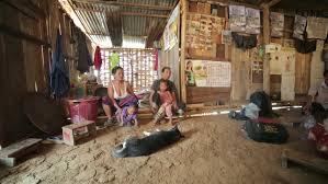 Dormir chez les Akha Phongsali