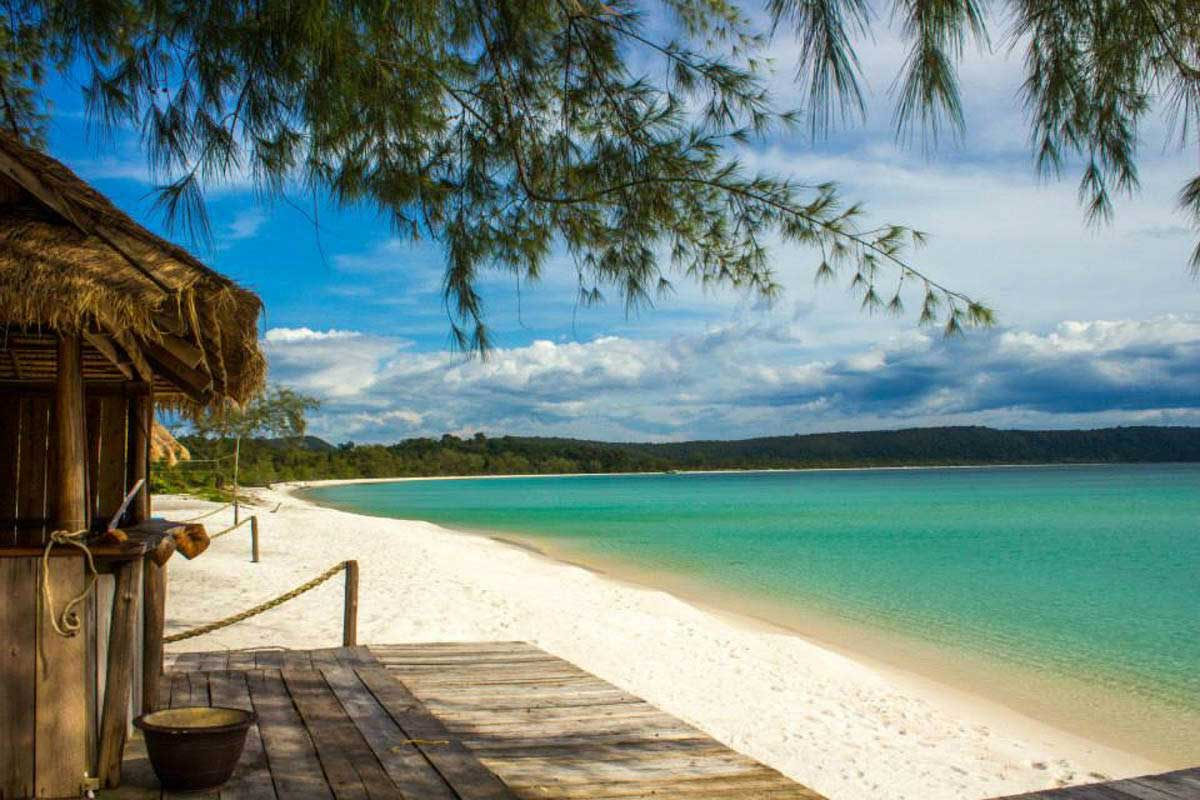 A propos de koh rong l 39 le paradisiaque du cambodge - Image de plage paradisiaque ...