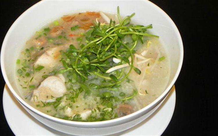 Bol de Chao Ca Loc, plat connu au sud Vietnam
