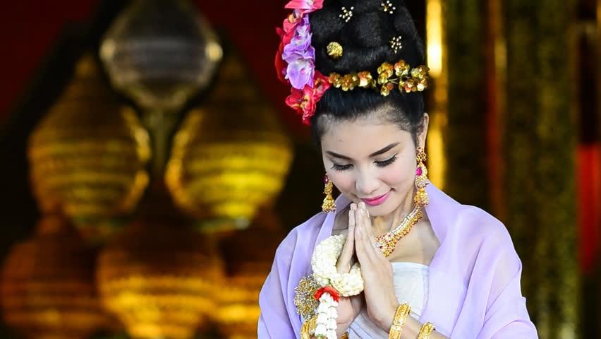 Comment dire bonjour et au revoir au Cambodge