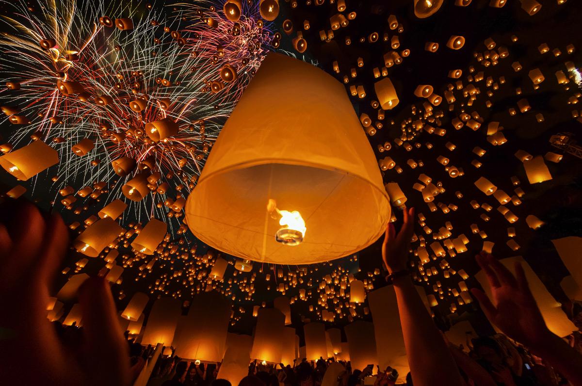 Festivals Loi Krathong et Yi Peng à Chiang Mai, Thaïlande