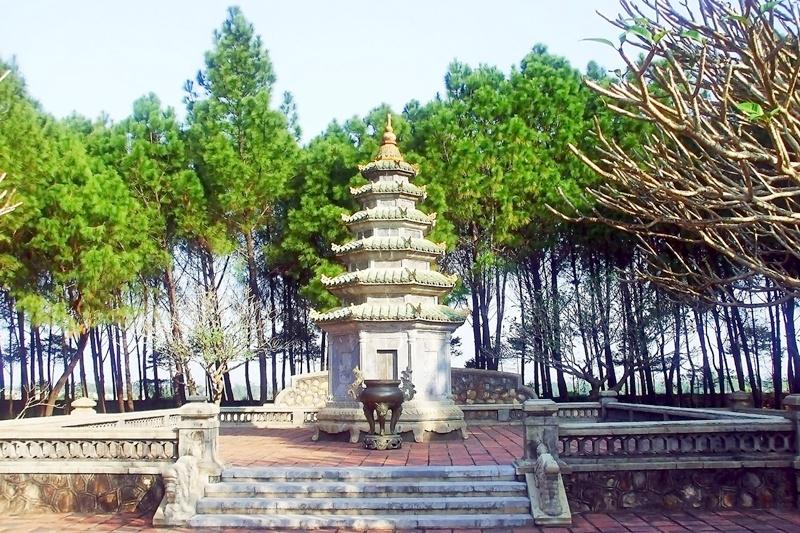Pagode Thien Mu – la pagode de la Dame céleste