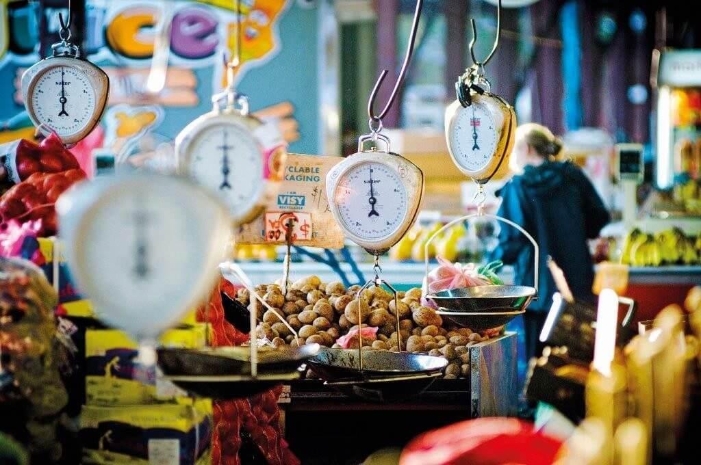 Marché des aliments frais de Kreta Ayer à Singapour