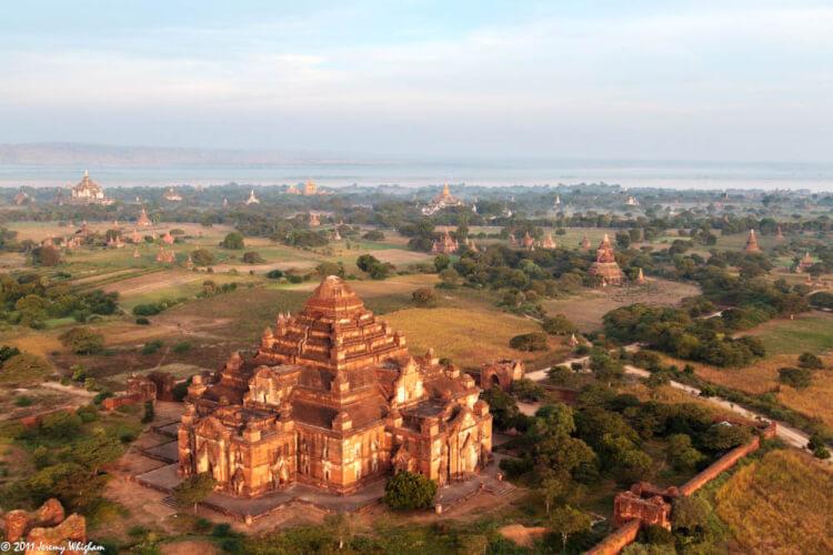 Temple Dhammayangyi