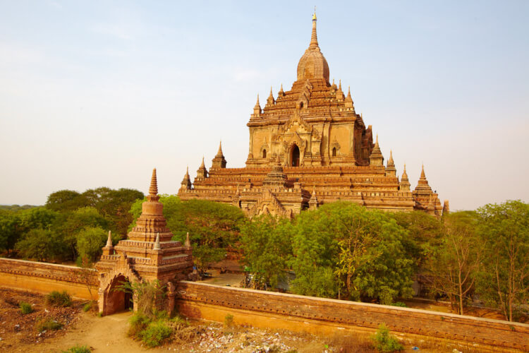 Temple Htilominlo