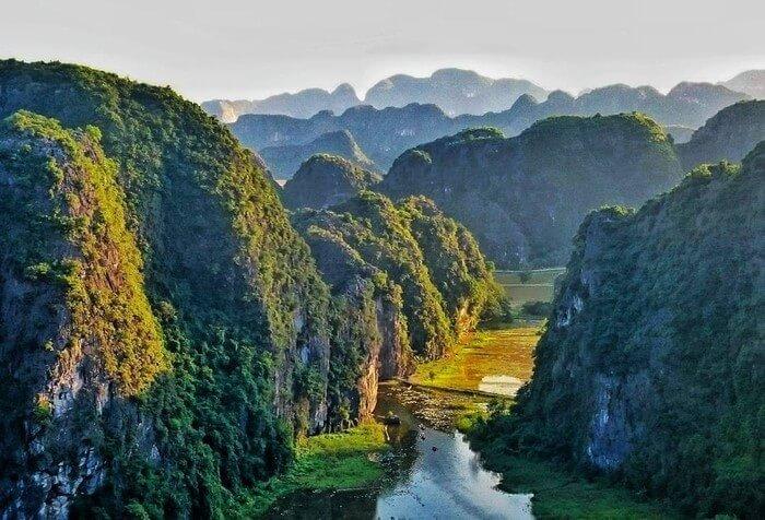 Circuit Nord Vietnam 8 jours, visite de Mai Chau – Tamcoc – Cat Ba