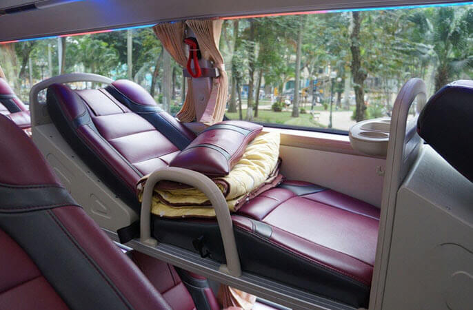 Bus du Queen Café de Hanoi à Hue
