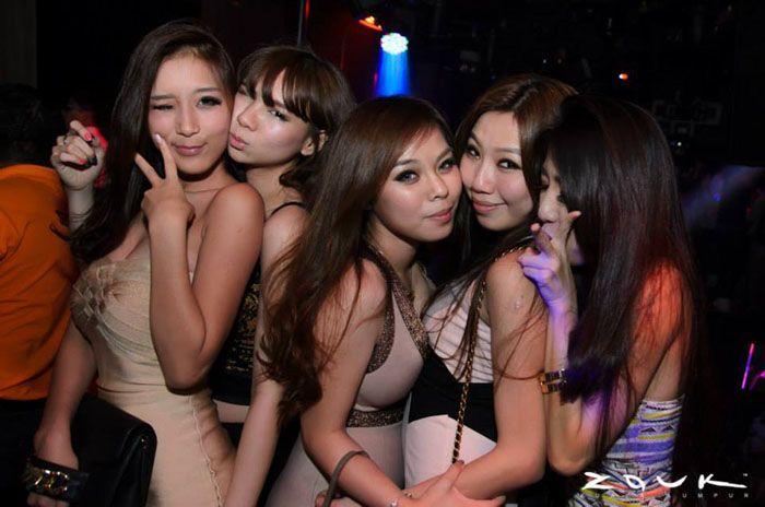 Meilleurs Bars pour Faire la Fete et Rencontrer les Filles à Jakarta