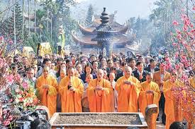 Pagode des Parfums, Chua Huong, lieu de pélérinage sacré des bouddsites vietnamiens