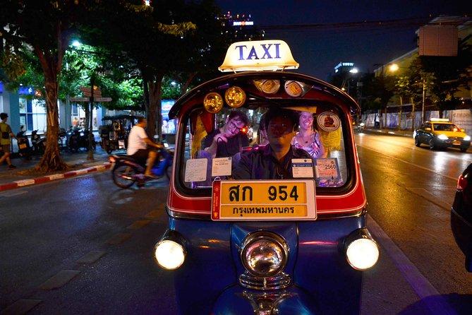 Bangkok en Tuk Tuk: la manière unique d'explorer la ville la nuit