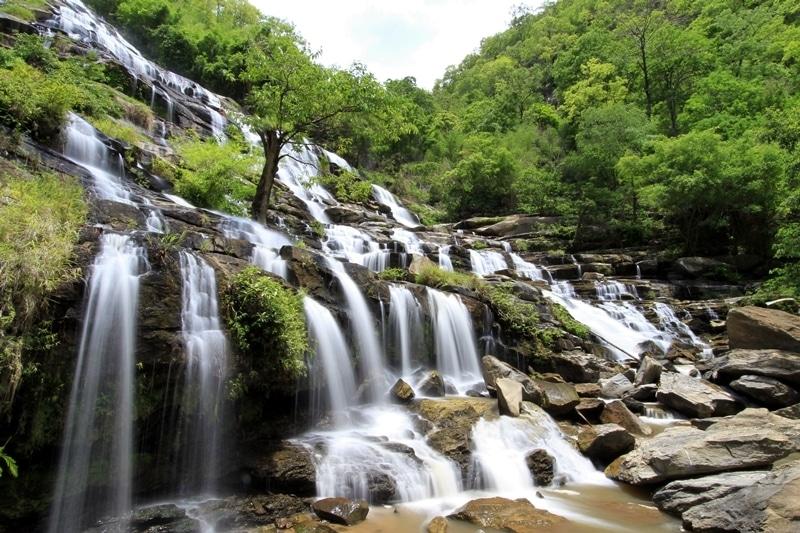 Cascades Mae Ya en saison de pluies
