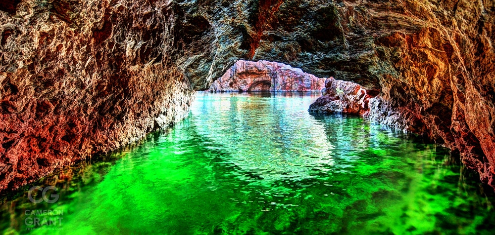 La grotte d'émeraude