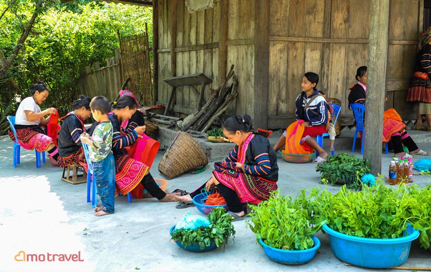 Hmong Rouge sur la route Dien Bien Phu