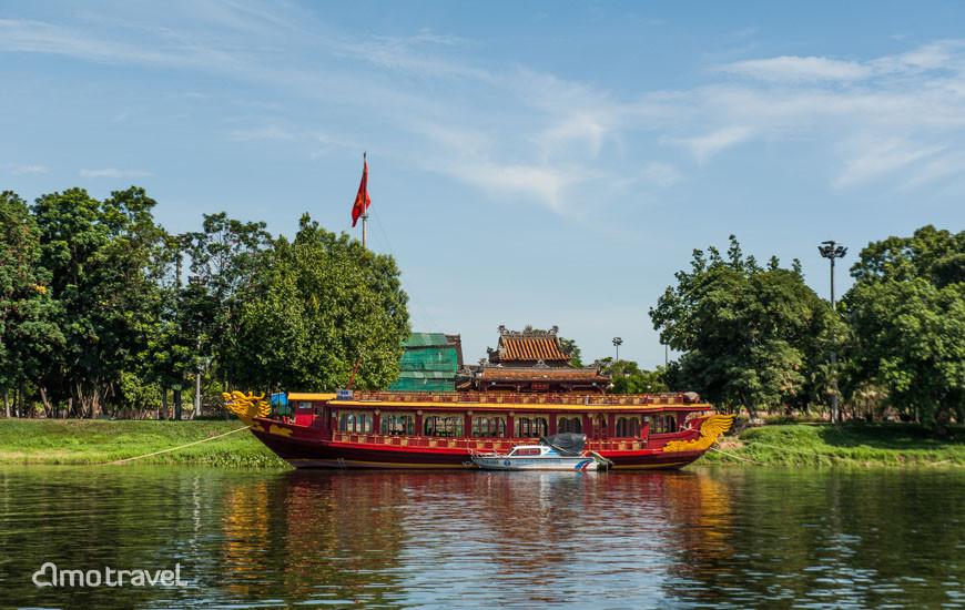 Croisière sur la rivière des Parfums,àfaire absolument à Hue